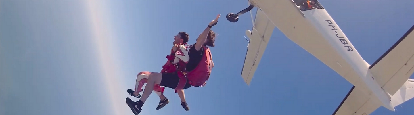 Emakina skydive 2019, jump out of plane